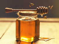 10 reasons why you should consume more honey